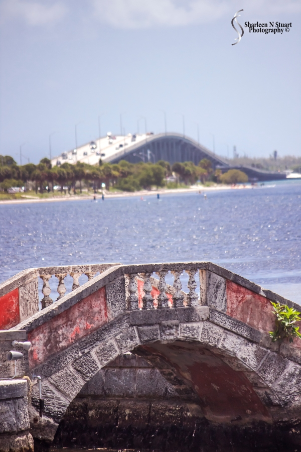 I loved the view of the two bridges - the old and the new.  The old bridge is part of the Vizcaya grounds, the new bridge links Miami mainland to Key Biscayne.