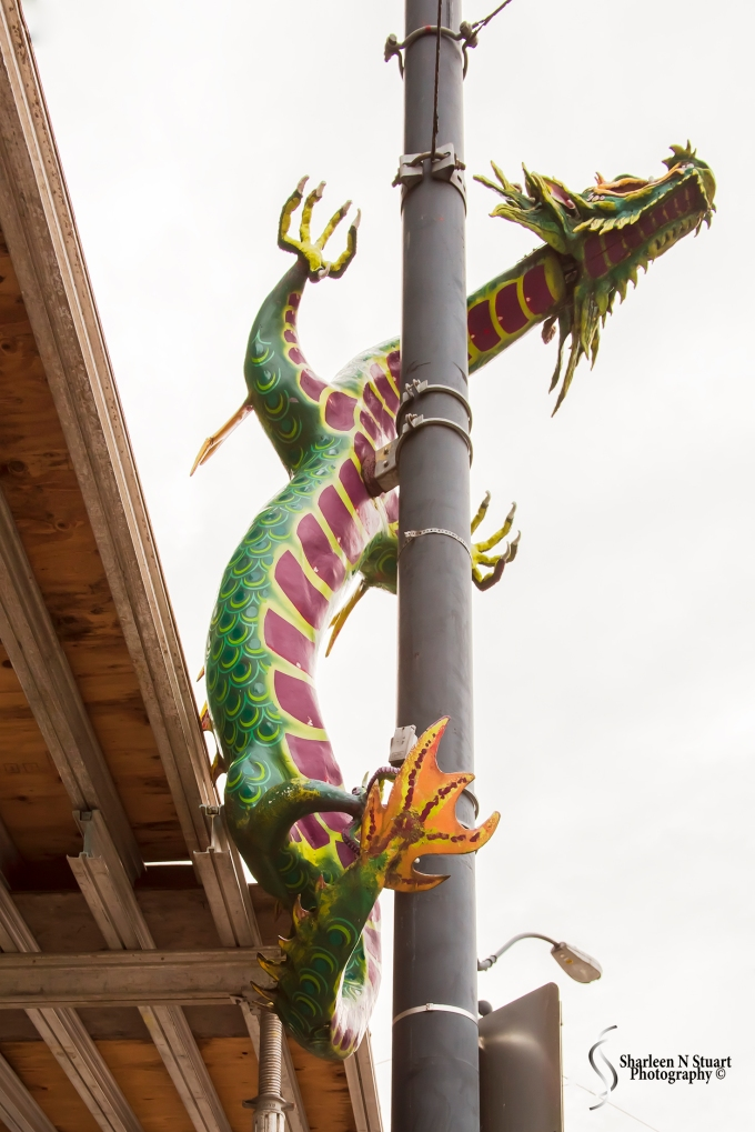 Dragons at the entrance to Chinatown