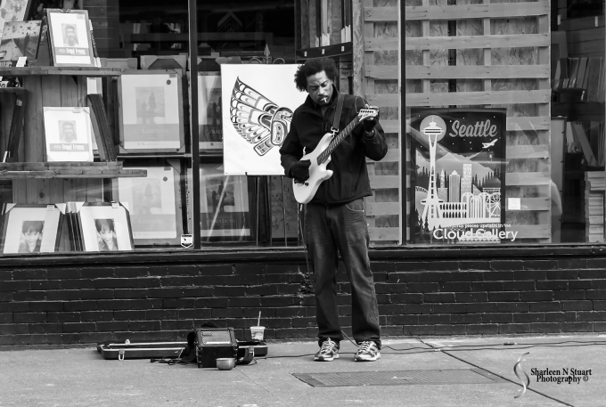 101 Ways to Shoot: Musical Instraments: Taken on the streets of Seattle.