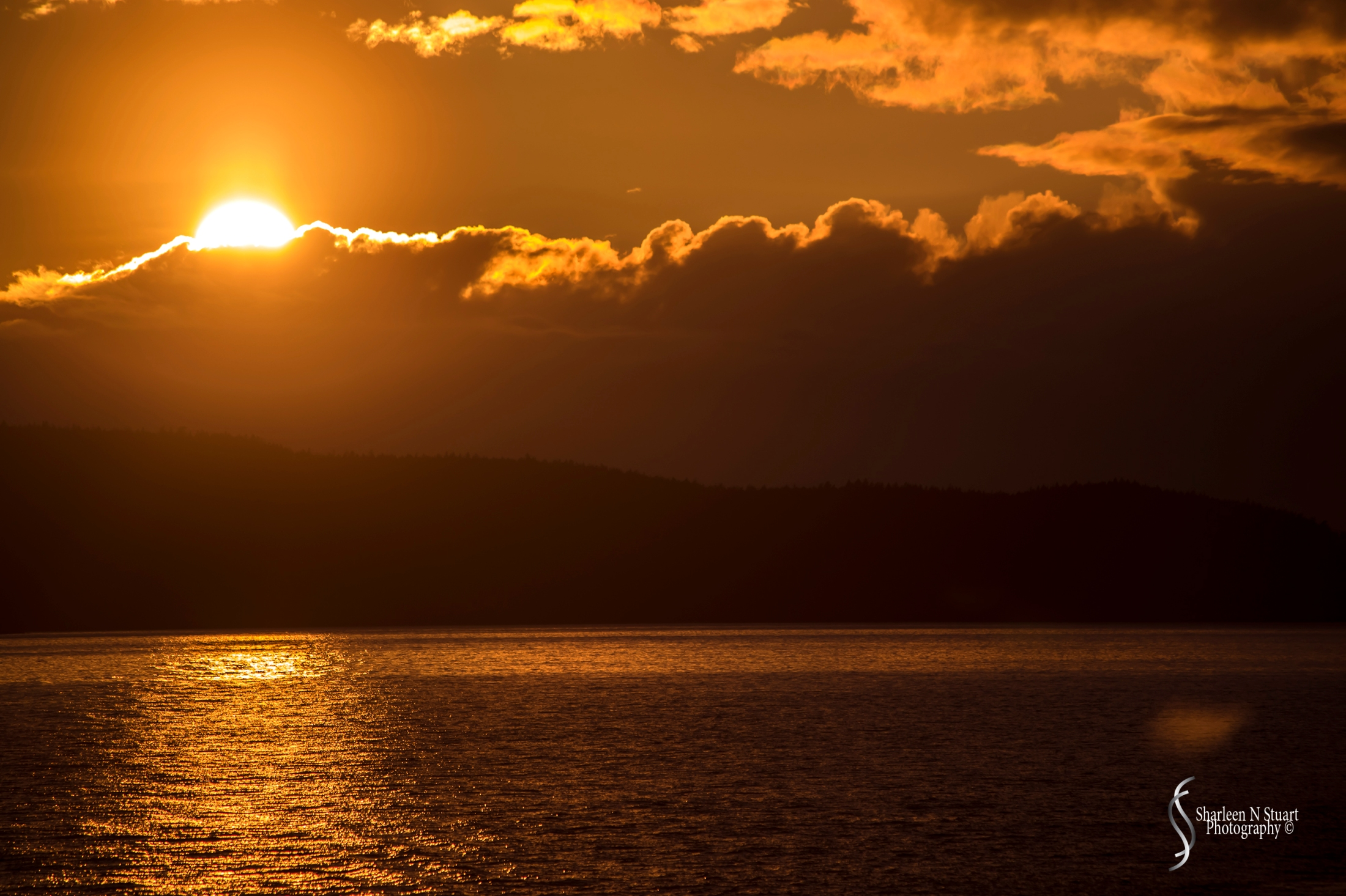Sunset from the ferry on the trip back from Friday Harbor to Anacortes